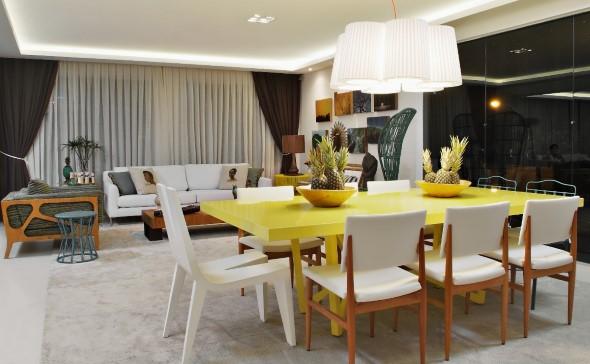 Usar mesas amarelas na decoração 003