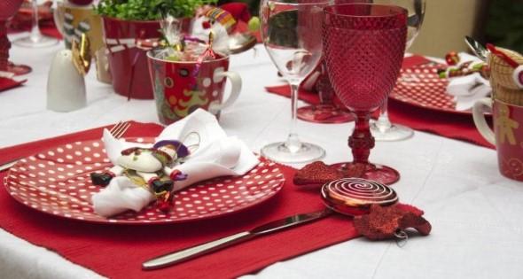 Decorar a mesa da ceia de Natal 013