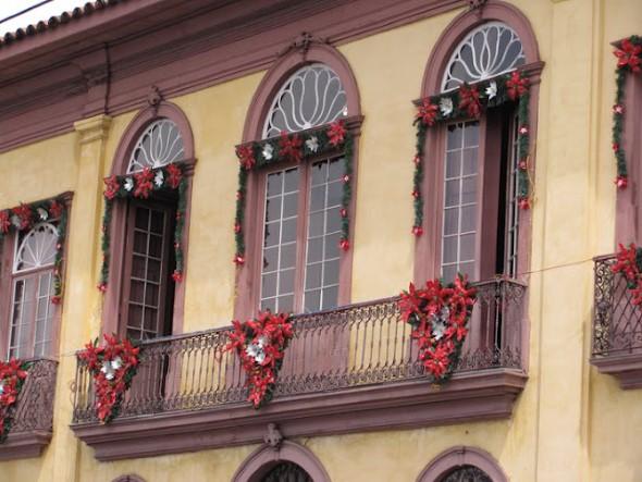 Decorar a varanda de apartamento para Natal 004