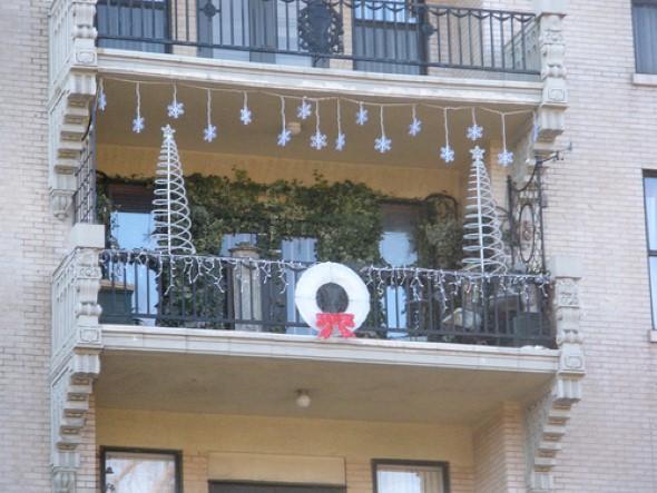 Decorar a varanda de apartamento para Natal 011