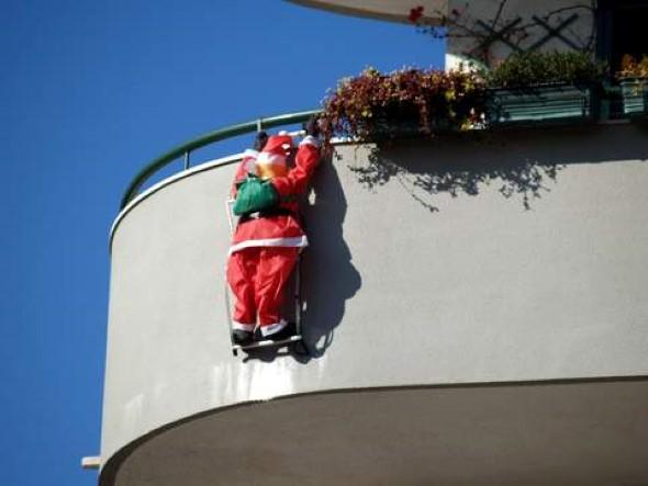 Decorar a varanda de apartamento para Natal 015