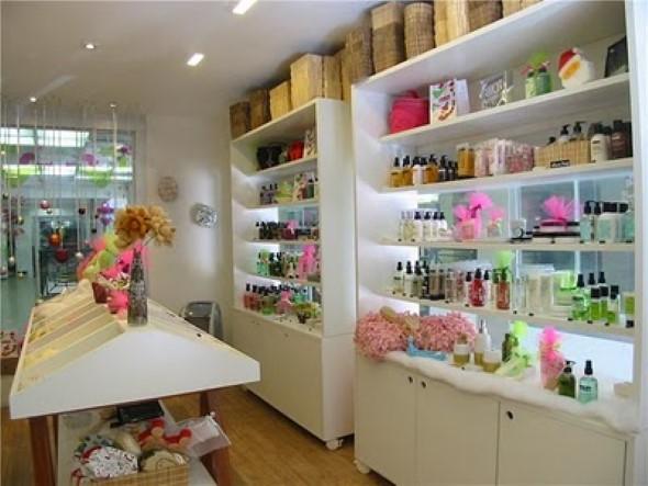 Decorar loja de perfume 001