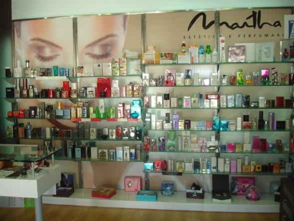 Decorar loja de perfume 006