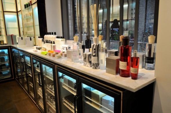 Decorar loja de perfume 007