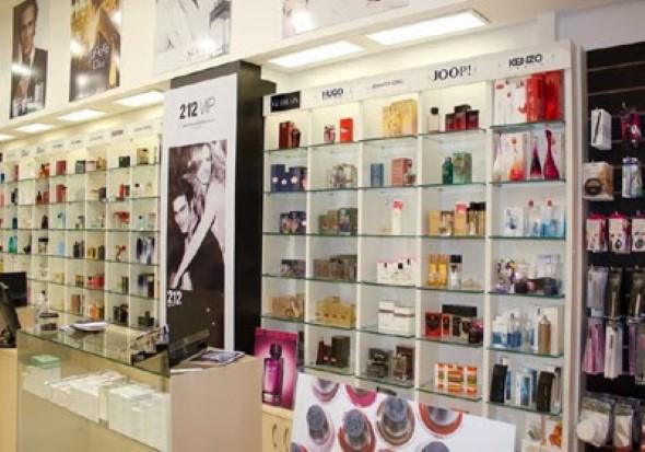 Decorar loja de perfume 012