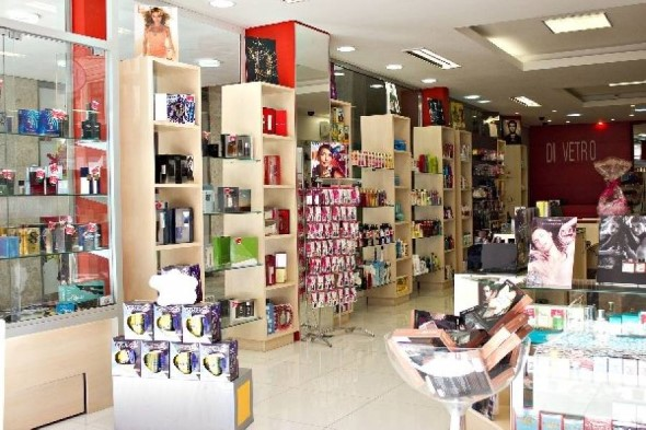 Decorar loja de perfume 014