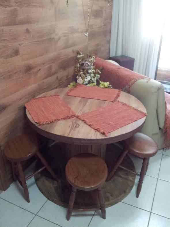 Criar uma mesa com madeira usada 016