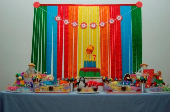 Decorar mesa de aniversário simples 009