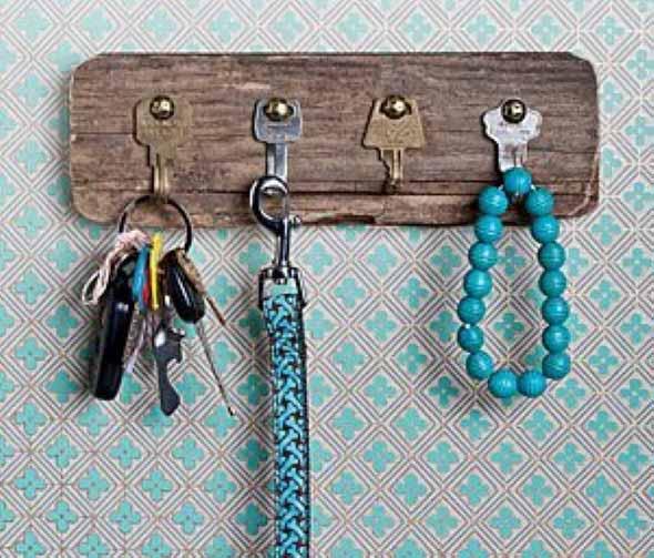 Transforme chaves velhas em objetos de decoração 002