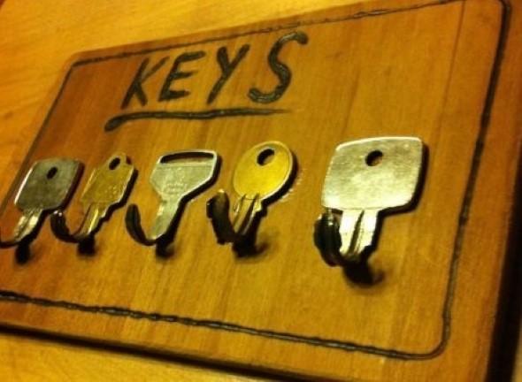 Transforme chaves velhas em objetos de decoração 003