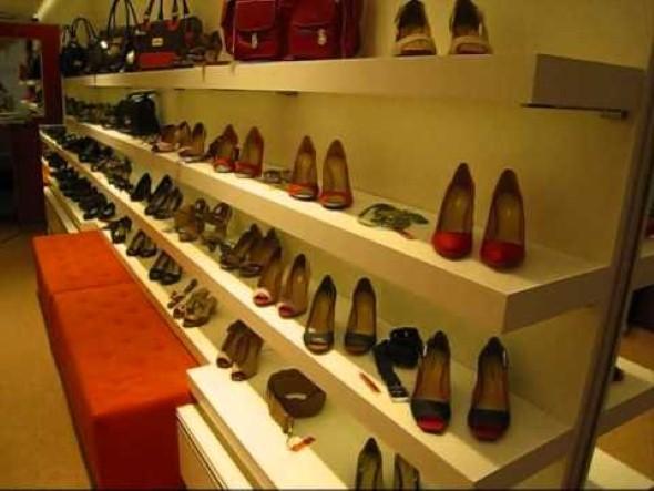 Como decorar loja de calçado 003
