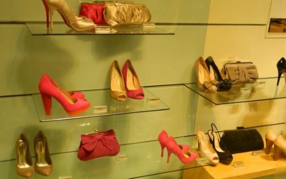 Como decorar loja de calçado 004
