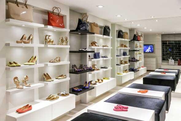 Como decorar loja de calçado 007