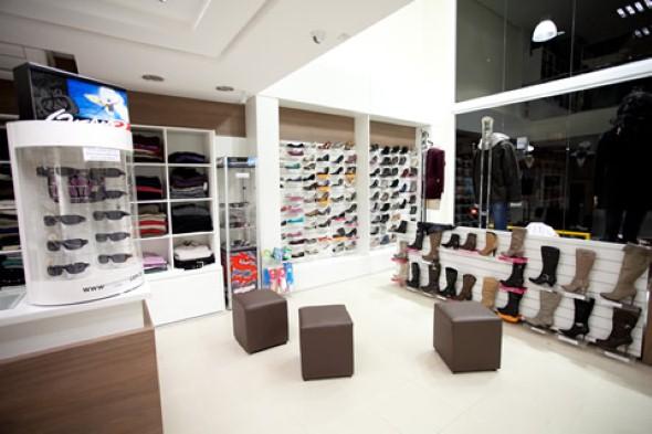 Como decorar loja de calçado 013