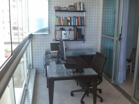 Como transformar a varanda em um escritório 003
