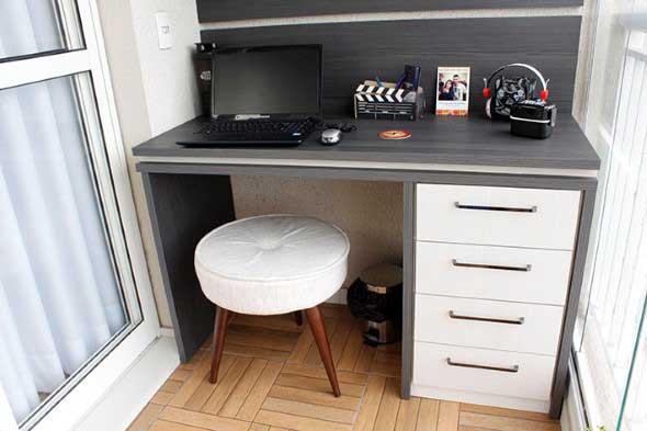 Como transformar a varanda em um escritório 009