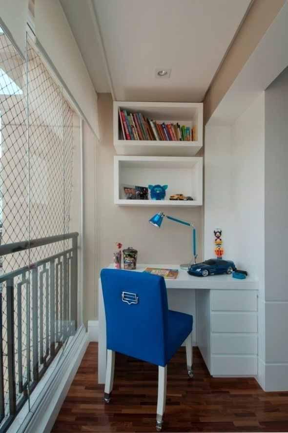 Como transformar a varanda em um escritório 013