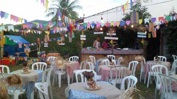 Decoração para festa junina no sítio 011