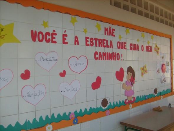Decoração para o Dia das Mães em escola 007