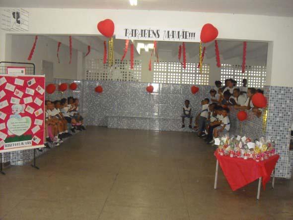 Decoração para o Dia das Mães em escola 016