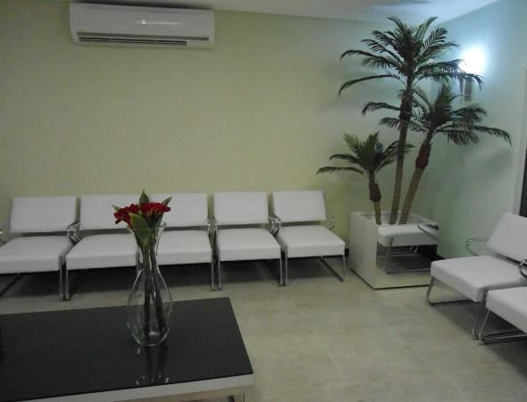 Decoração para sala de espera de clínica odontológica 013