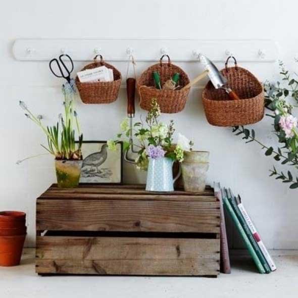 Ideias charmosas de decoração com caixotes de feira 013