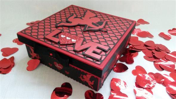Caixinha surpresa decorada para o Dia dos Namorados 006