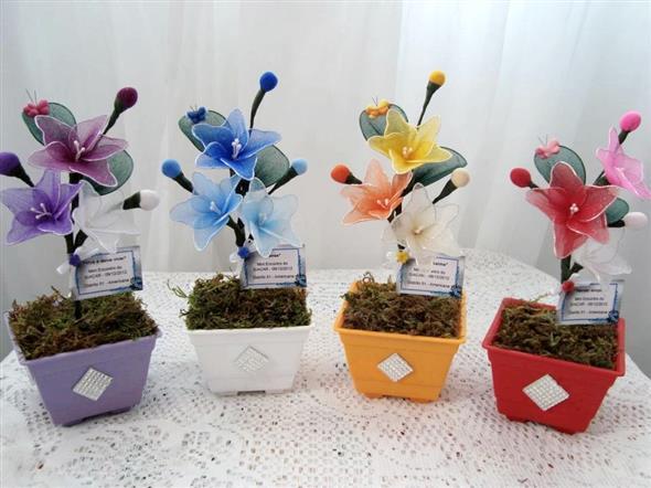 Vasos decorativos para mesa de festa 007