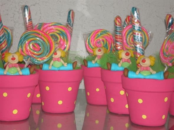 Vasos decorativos para mesa de festa 009
