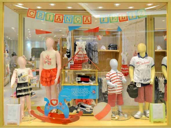 decoracao-de-vitrines-para-dia-das-criancas-001