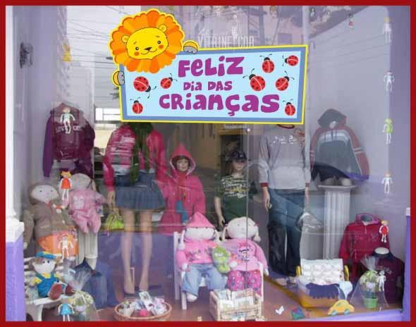 decoracao-de-vitrines-para-dia-das-criancas-006