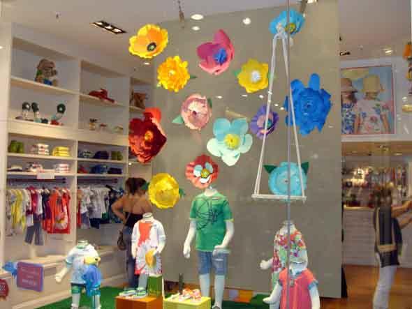 decoracao-de-vitrines-para-dia-das-criancas-011