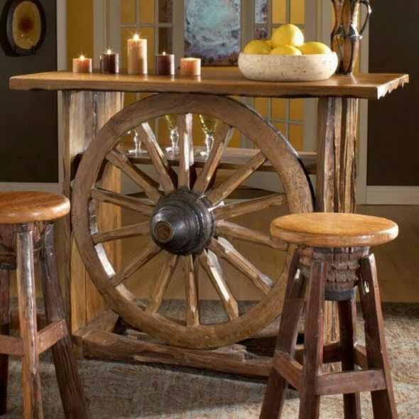 Criatividade com rodas antigas na decoração 012