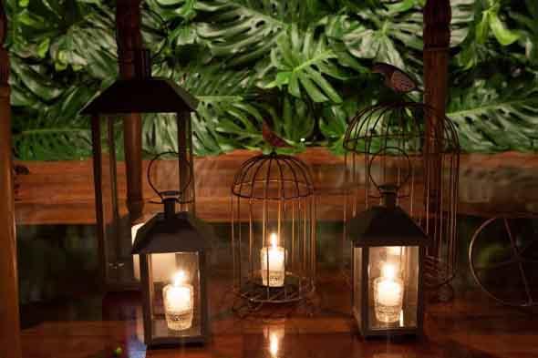 Decoração com lamparinas e castiçais 002