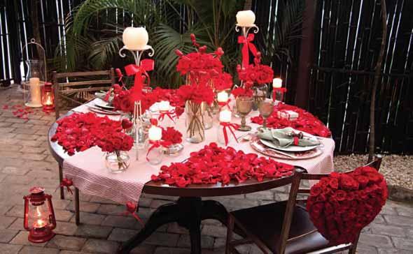 Decorando uma mesa de jantar romântica 002