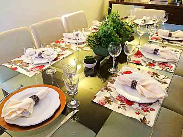 Decorando uma mesa de jantar romântica 010