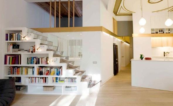 Prateleiras criativas debaixo da escada 001