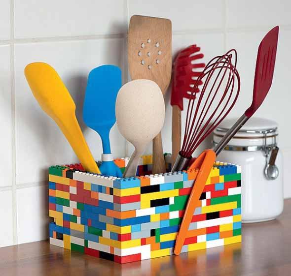 Decore sua casa com brinquedos de montar 007