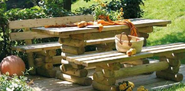 Decoração rústica na varanda e jardim 008
