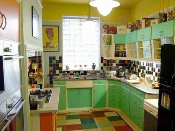 Colorido na decoração da cozinha 012