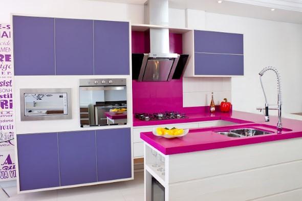 Colorido na decoração da cozinha 013