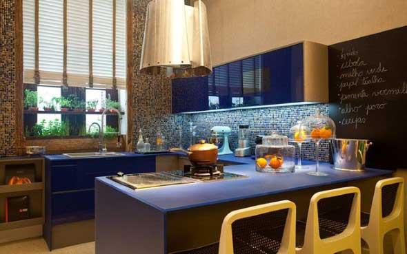 Colorido na decoração da cozinha 019
