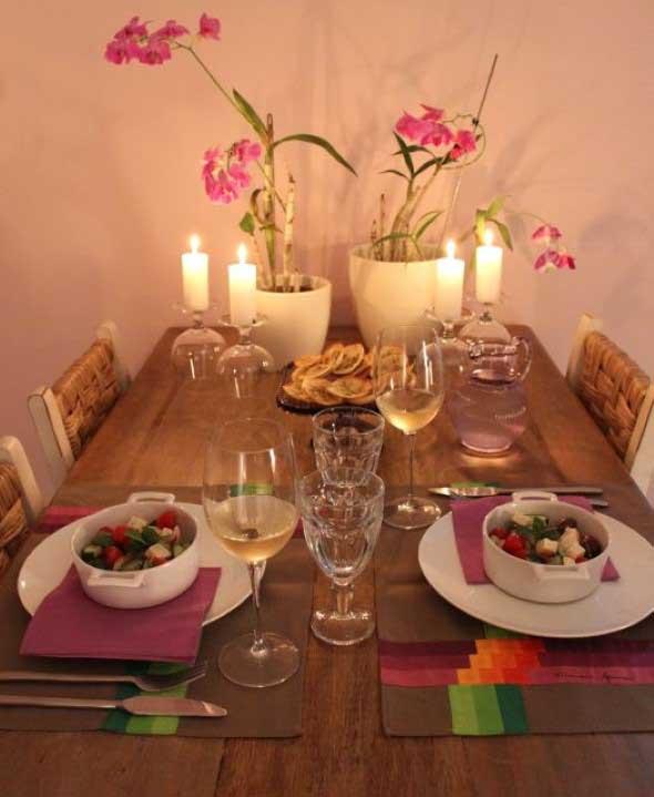 Velas e taças para decorar mesa de jantar 003
