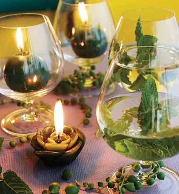 Velas e taças para decorar mesa de jantar 005