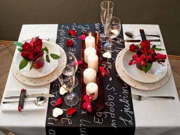 Velas e taças para decorar mesa de jantar 014