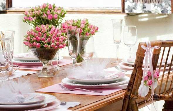 Velas e taças para decorar mesa de jantar 017