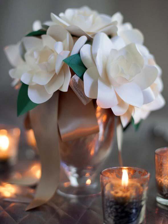 Velas e taças para decorar mesa de jantar 018