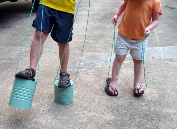 Brinquedos de material reciclado para o Dia das Crianças 011