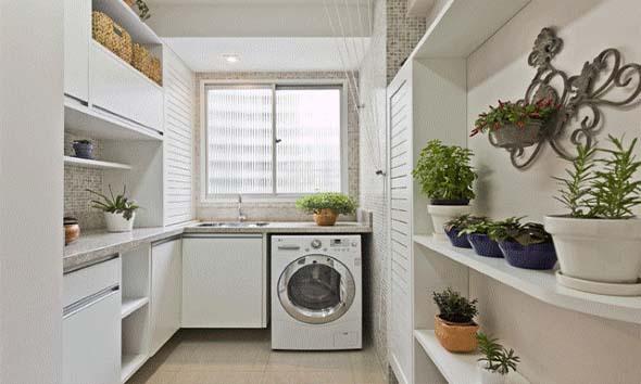 Lavanderia pequena e muito funcional 004