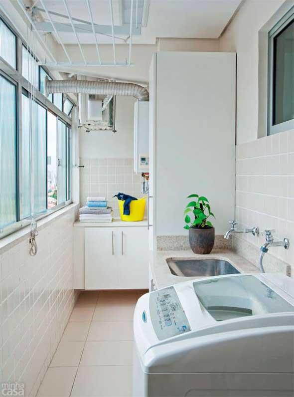 Lavanderia pequena e muito funcional 020